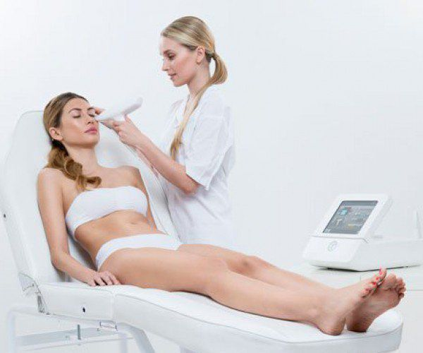 Venus Viva процедура за премахване на стрии